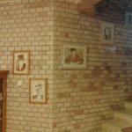 Kávéfestmények a lépcsőnél